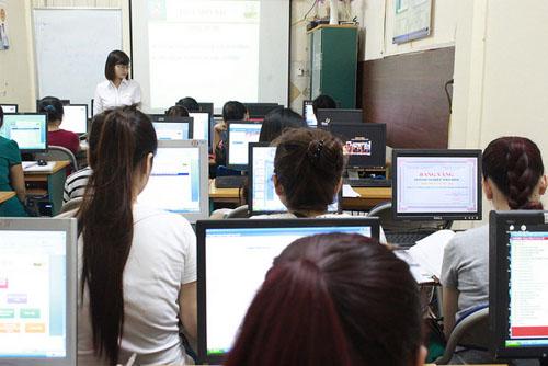 Lớp học kế toán tổng hợp thực hành tại Cần Thơ